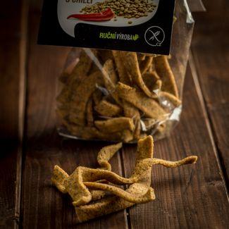 Čočkové chipsy s chilli
